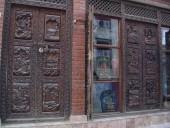 Двери деревянные, буддийские