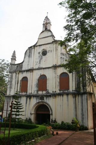 Форт Кочин. Церковь Св.Франциска (1503 г.)