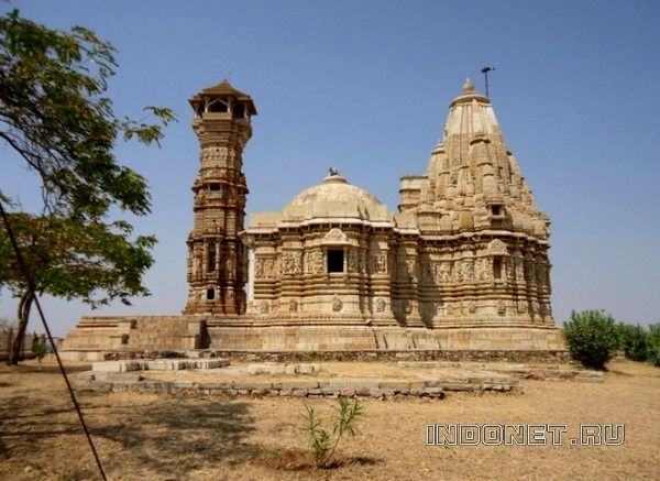 Jain Temple and Jain Kirti Stambha (Jain Tower)