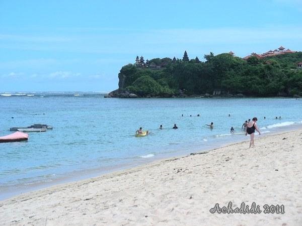 Пляж Нуса Дуа на юге Бали