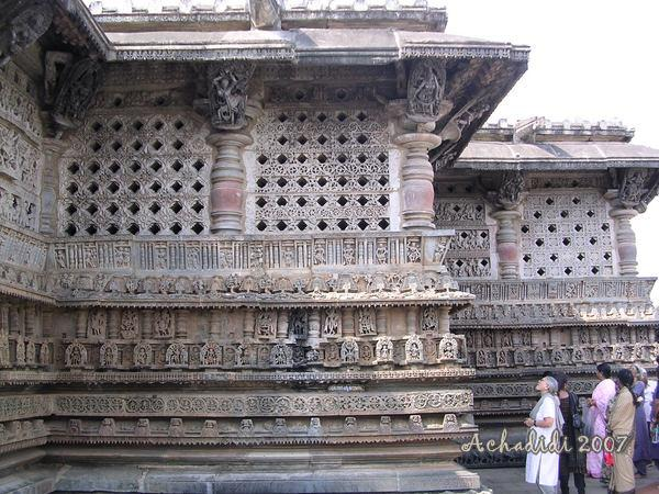 Звездчатая архитектура Хойсала - храм Белура