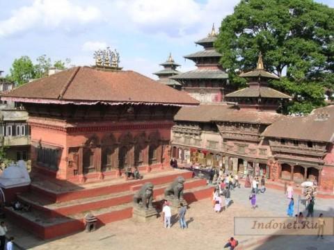 Дворцовая площадь Катманду, храм Шивы и Парвати