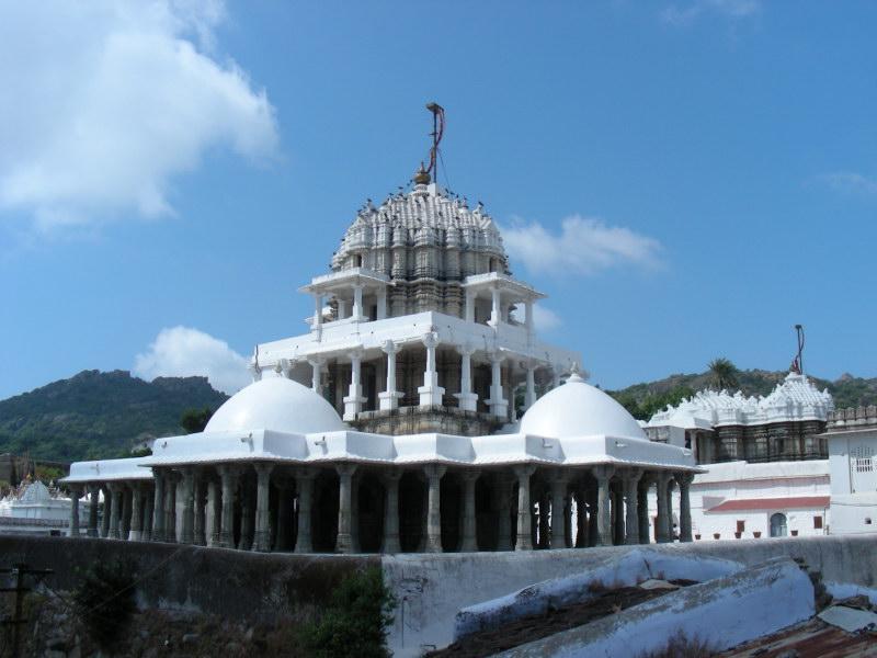 Дилвара, храм