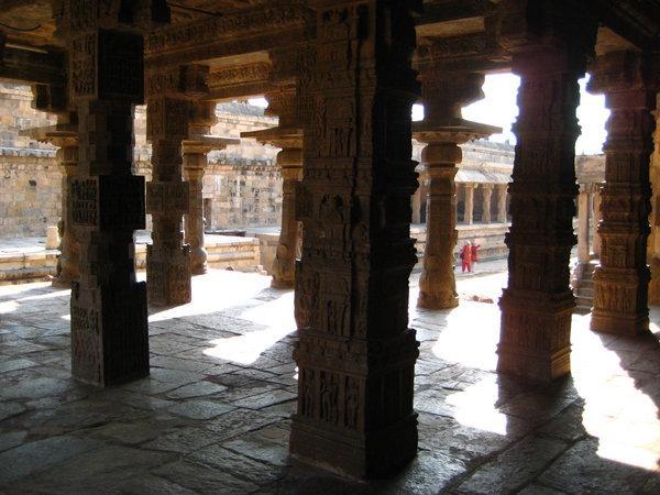 Зал для танцев в храме