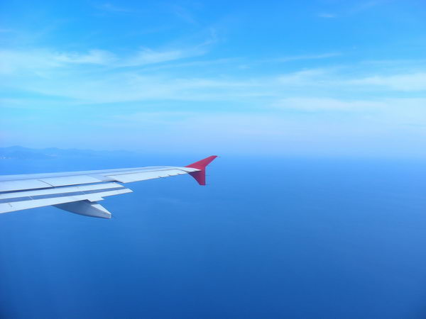 В небе над ЮВА. Крыло самолета Air Asia
