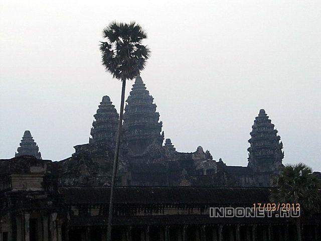 Ангкор Ват на рассвете