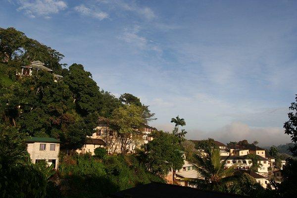 Район Сарананкара Роуд в Канди