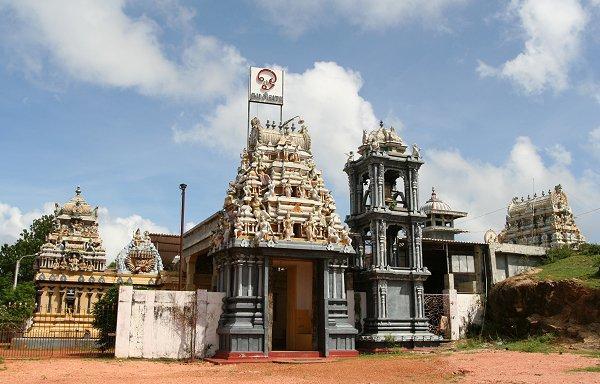 Храм Конешварам